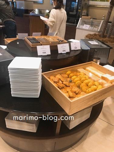 神戸メリケンパークオリエンタルホテル朝食ビュッフェ(パンコーナー)