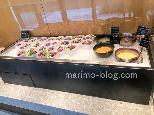 梅小路ポテル京都宿泊記:サラダなど一人分ずつ分けられているので混雑しない